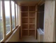 Варианты шкафов на балкон