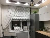 Какие шторы лучше для кухни?