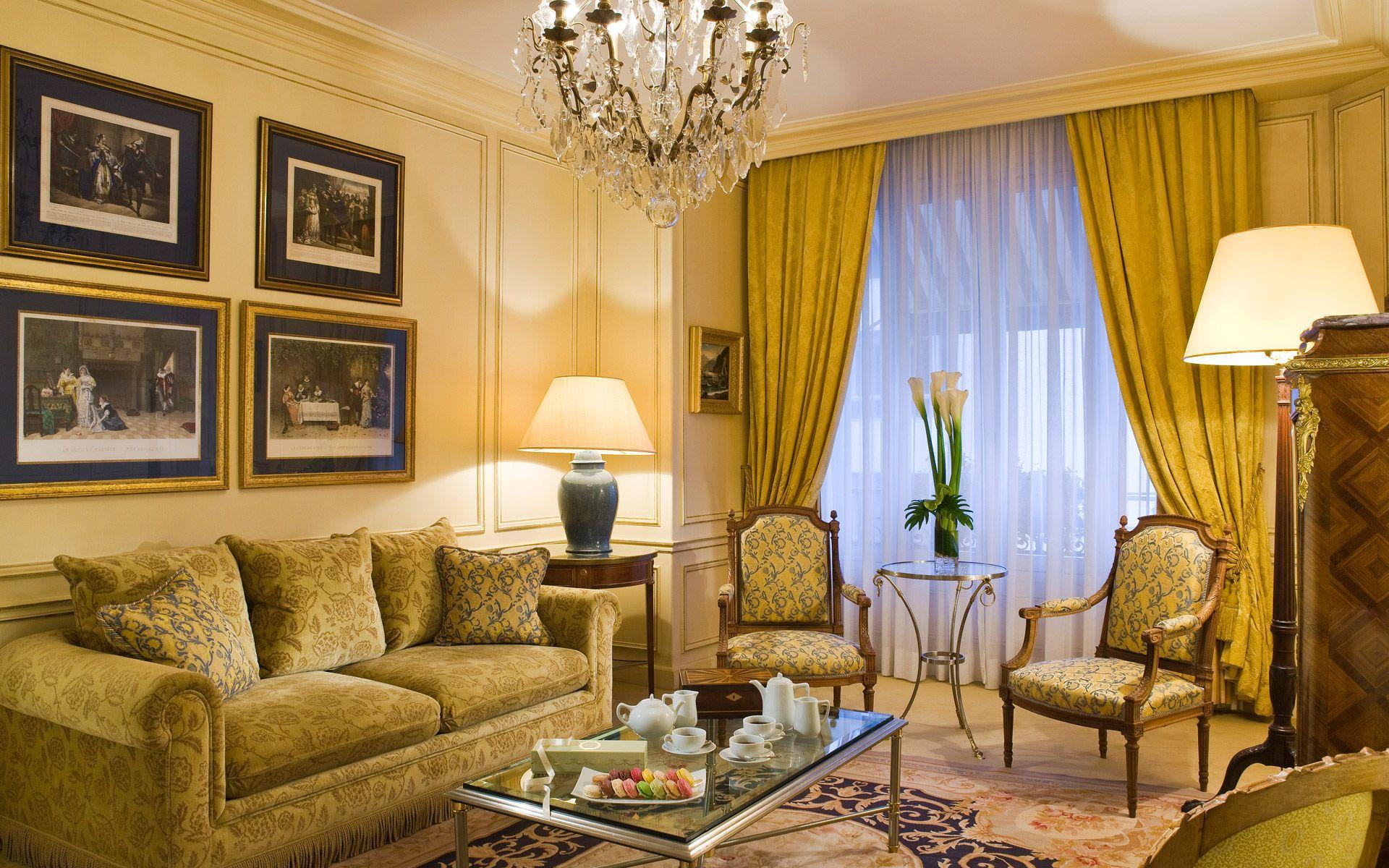 Дизайн гостиной квартиры в классическом стиле