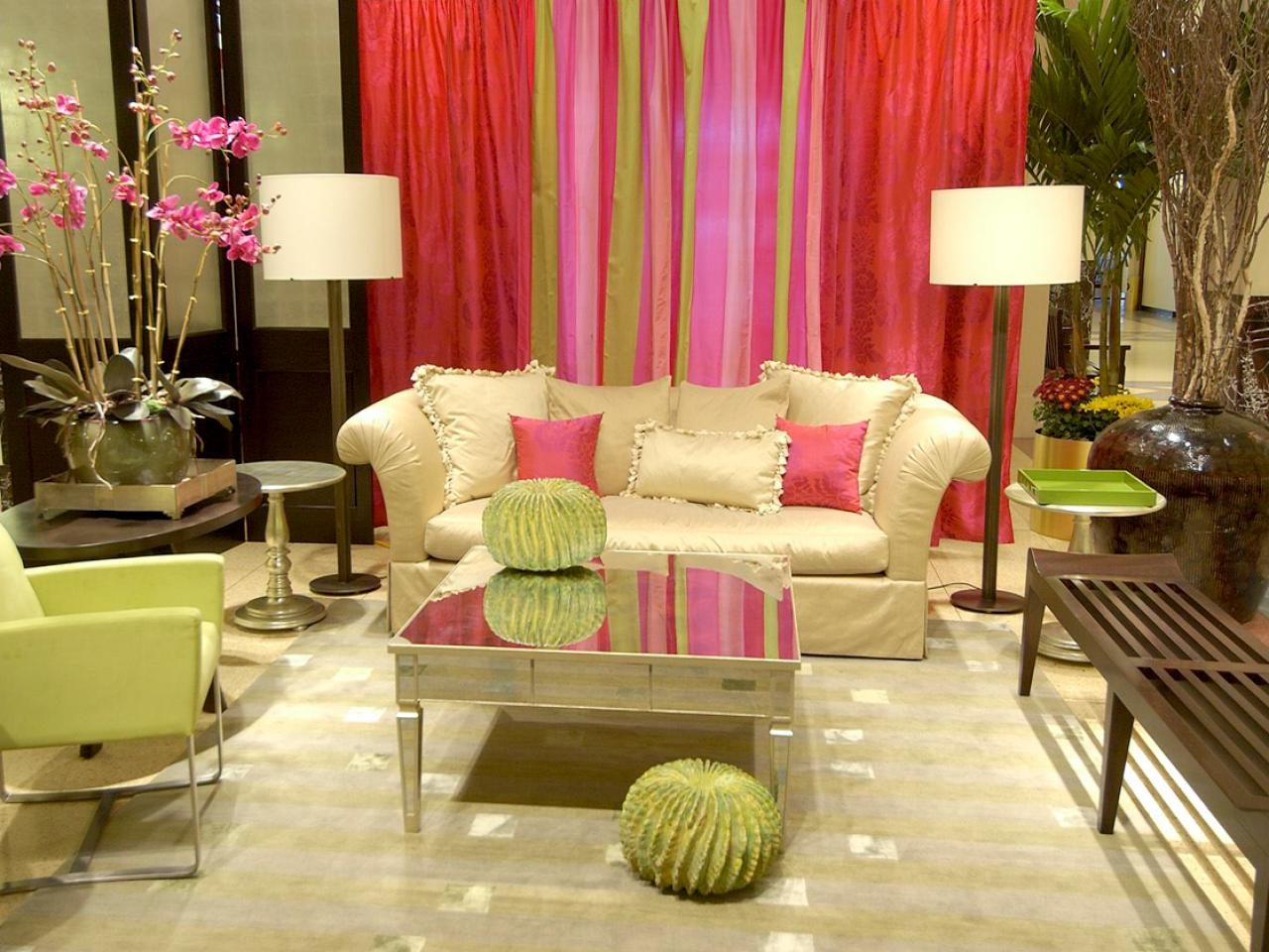 red and green living room. 10 fabulous colors to paint the walls of your small living Red and green room ideas 409921  es youland info
