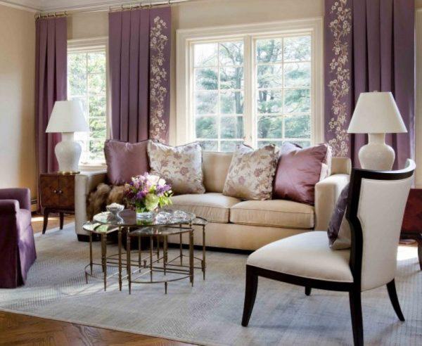 Бежевый и сиреневый цвет, сочетание в интерьере гостиной