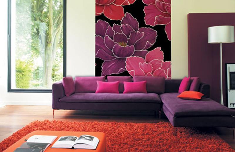 Сочетание фиолетового и бордового цвета в интерьере