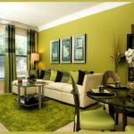 Дизайн зеленой гостиной.
