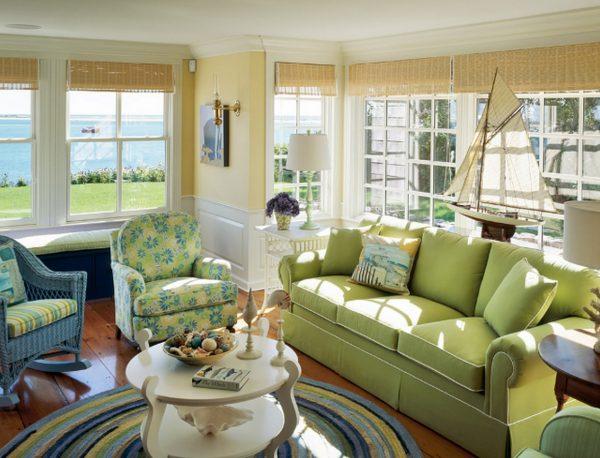 Зеленая гостиная: сочные акценты на элементах декора