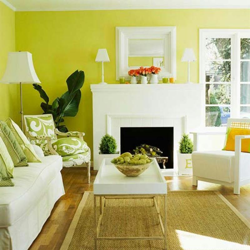 Сочетание светло-зеленого и белого цвета в интерьере